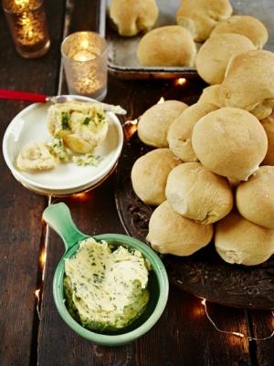receta Bolas de pan con mantequilla de ajo de Jamie Oliver